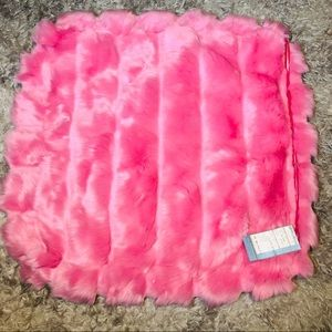 Williams Sonoma Fux Fur Throw Pillow Cover 30X30